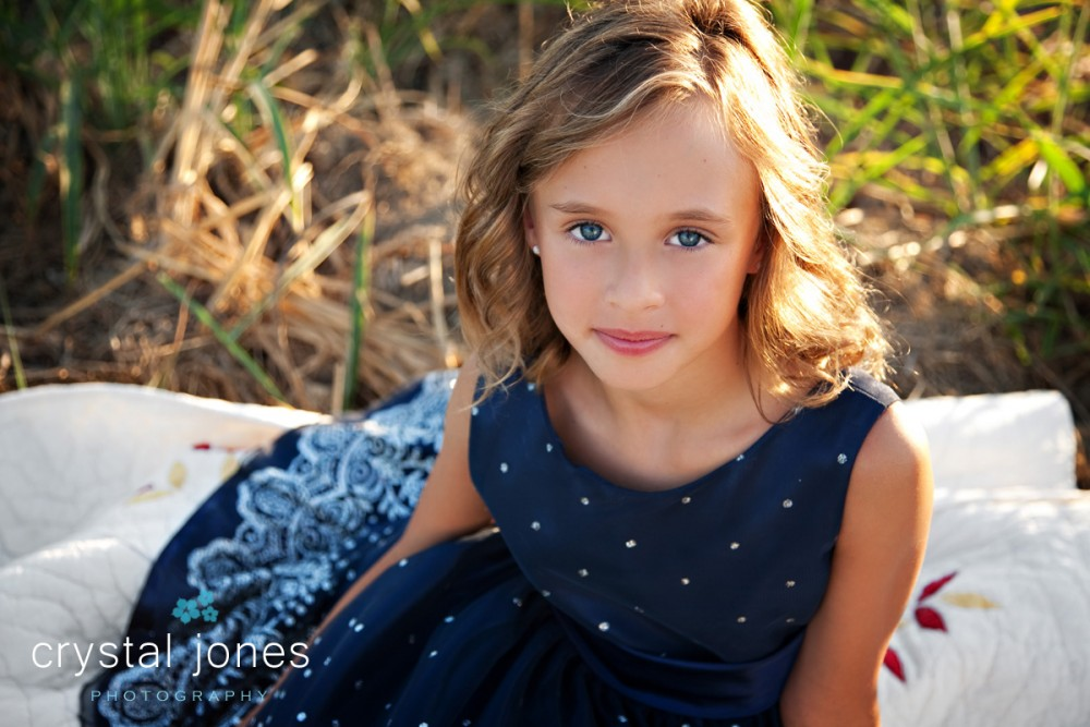 professional outdoor children's portraits in west sacramento