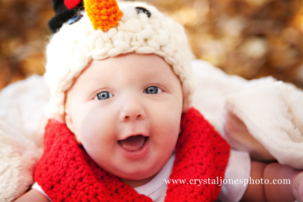 3 month snowman themed milestone portraits