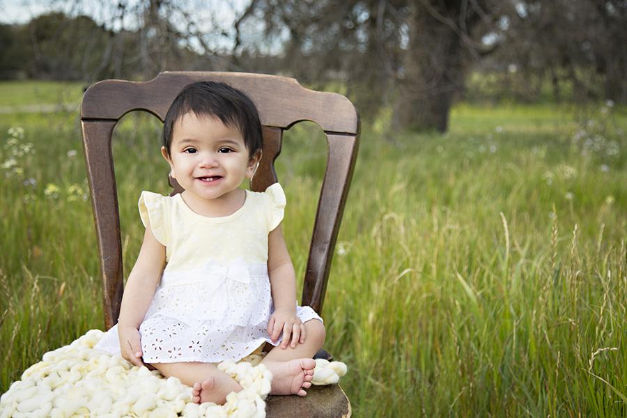 9 Month Milestone Portraits of Baby Girl 007