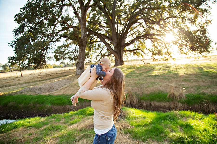 Mom and Daughter Photos in Roseville CA 100