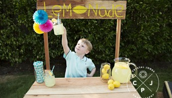 Special Lemonade Stand Mini Sessions