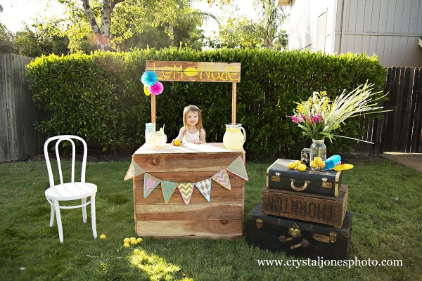 Lemonade Stand Mini Sessions in Rocklin California