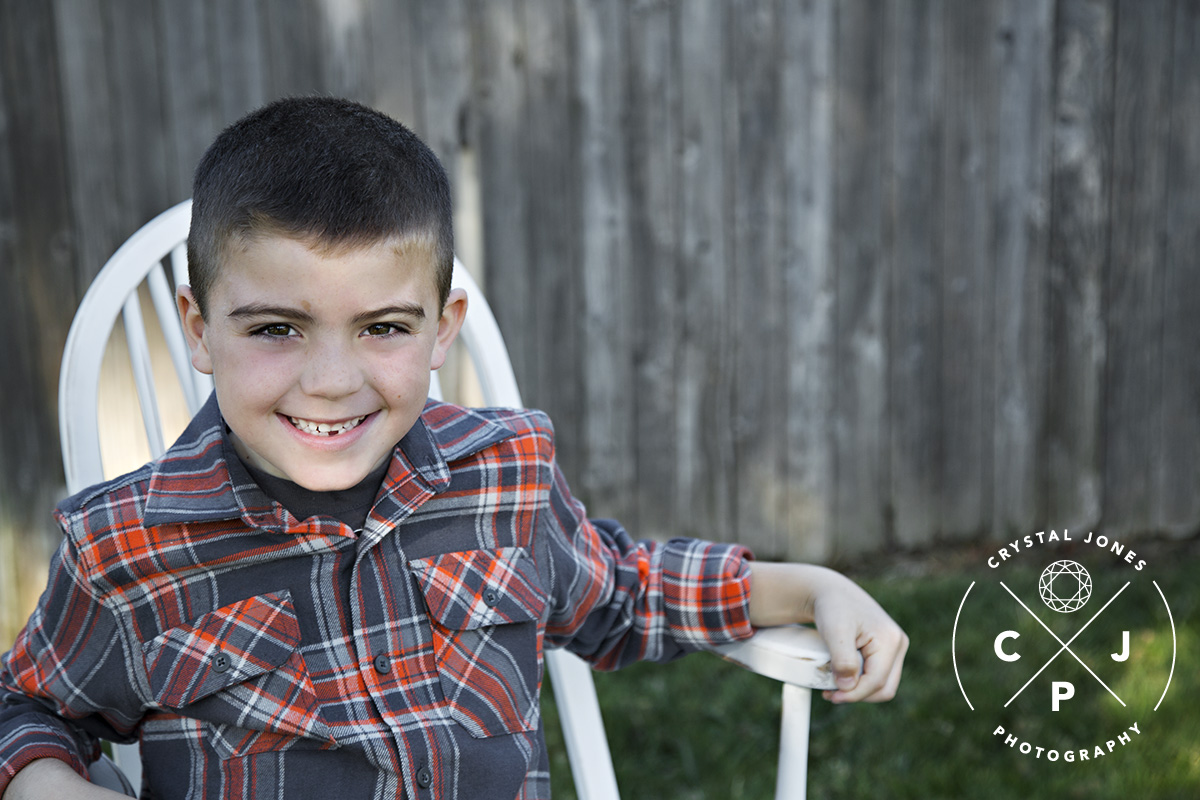 outdoor fall family portraits in rocklin california