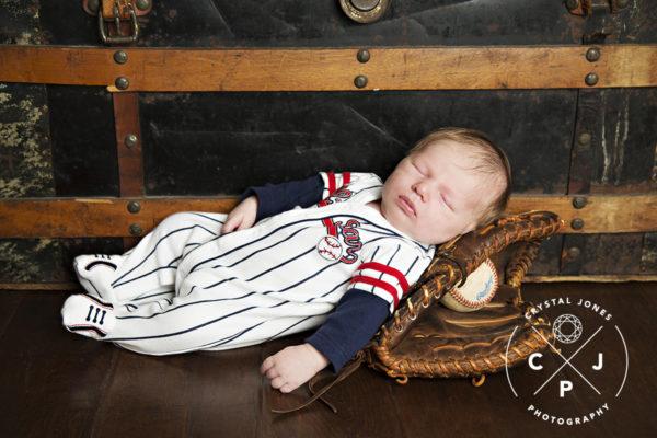 Lifestyle newborn portraits sacramento