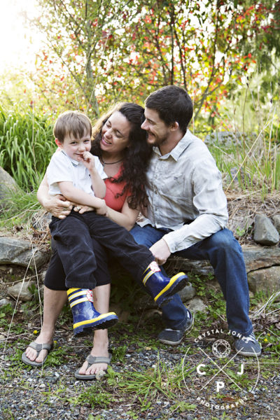 outdoor family maternity