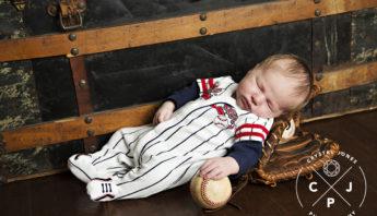 Professional lifestyle newborn photography sacramento