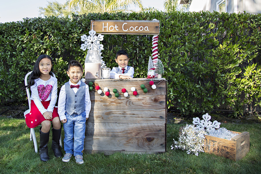 Hot Cocoa Stand Mini Sessions in Rocklin CA