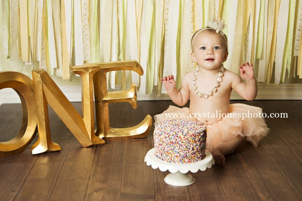 Editorial style one year cake smash photos in roseville california