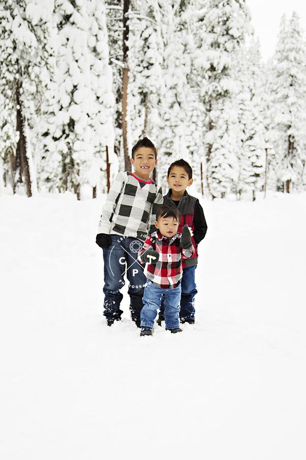 Family Photos in the snow at Sugar Bowl
