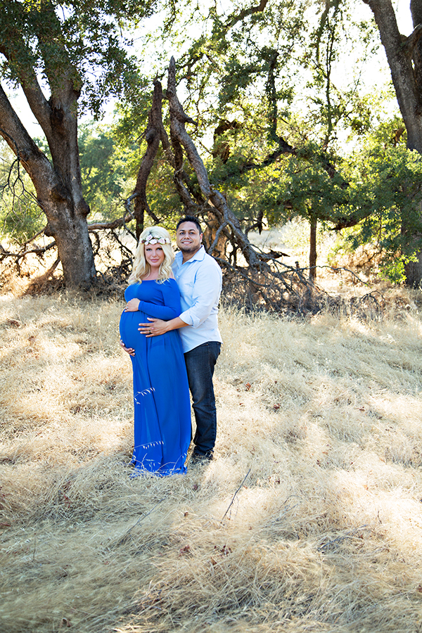 Maternity photo shoot in roseville california