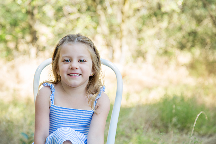 Outdoor Family Portraits in a Natural Setting
