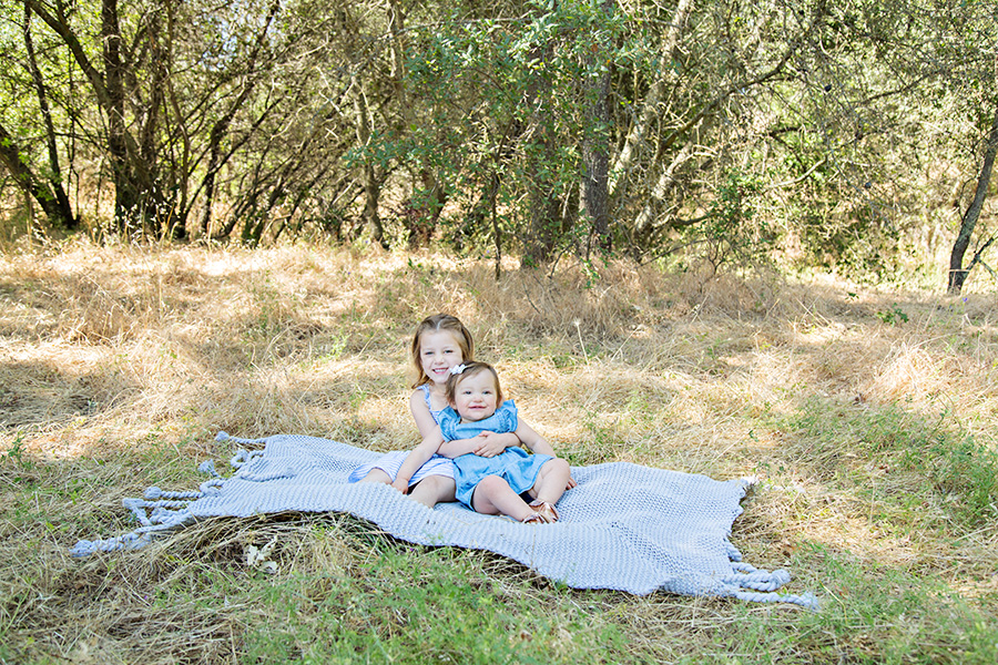 Sibling Photos in a Natural Outdoor Setting in Roseville CA