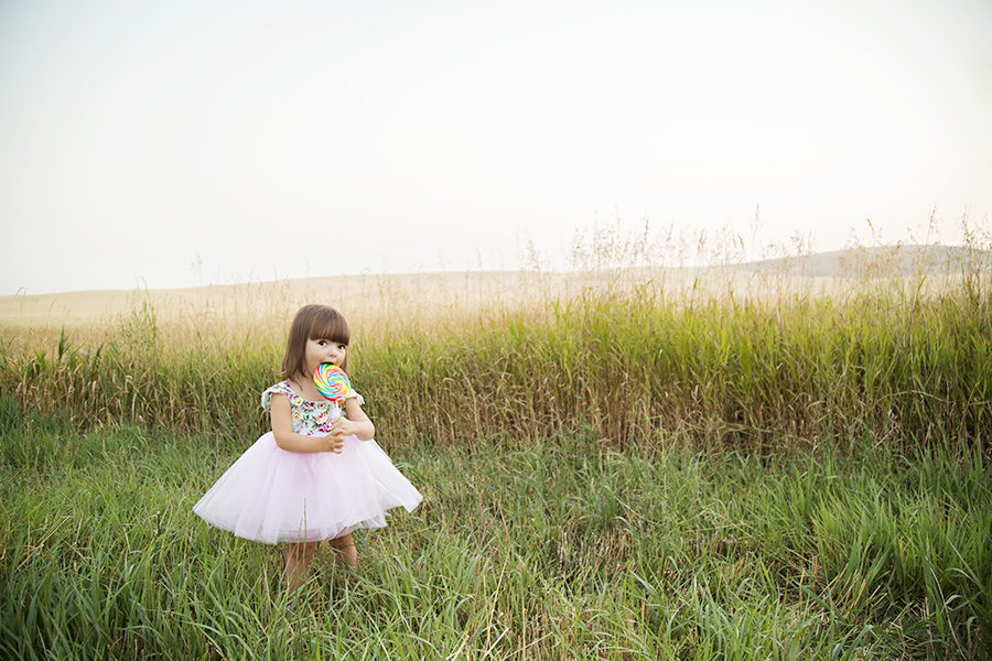 Toddler Portraits with Lollipop
