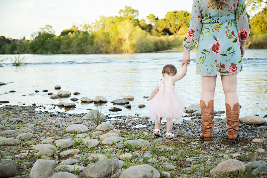 Mom and Daughter Portraits at the American River
